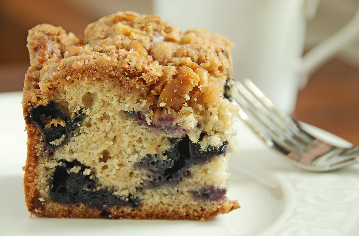 Blueberry Crumb Cake | Feasts And Fotos